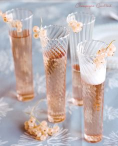 3 oz of champagne  1/3 oz of cognac  2 dashes of Angostura bitters  1 sugar cube    1.) Soak sugar cube in champagne flute with angostura bitters 2.) Add champagne and cognac  3.) Garnish with a sprig of currents