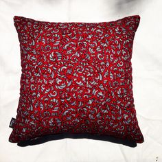 Te Koripi Wae o Maui red Kiwiana, Cushion Fabric, Maui, Fabric Design, Cushions, Throw Pillows, Red, Home, House