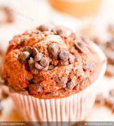 Easy and Moist Banana Chocolate Chip Muffins: Easy and Moist Banana Chocolate Chip Muffins recipe