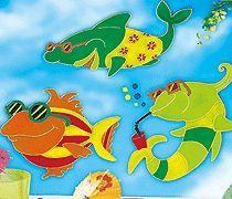 Zeit, coole Fische im Bad oder am Fenster schwimmen zu lassen. Mit Vorlagen!