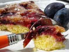 Plums Tart Plum Tart, French Toast, Sweets, Breakfast, Ethnic Recipes, Ethnic Food, Blog, Fruit Cakes, Morning Coffee