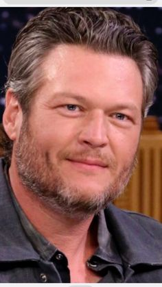 Blake Tollison Shelton Great Songwriter Singer Sexy Man Live Still Great Man Love Your Song Country Western Singers, Country Music Artists, Country Boys, Gwen Stefani Pregnant, Love Yourself Song, Singer Sam Smith, Blake Sheldon, Matchbox Twenty, George Jones