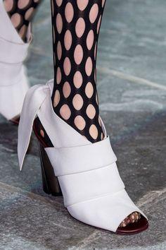 e8ecf9a3ad5 Proenza Schouler at New York Fall 2015 (Details) Runway Shoes