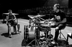 Paul Lafontaine criou o projeto Alma de Batera onde usa a música para melhorar a coordenação motora de crianças e pessoas com deficiência. Ele faz parte da nova geração de músicos.