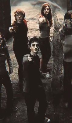 Harry Potter Gif, Objet Harry Potter, Hery Potter, Mundo Harry Potter, Harry Potter Pictures, James Potter, Harry Potter Characters, Miguel Diaz, Harry Potter Background