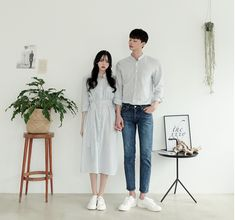 Korean Fashion Trends you can Steal – Designer Fashion Tips Hipster Outfits, Korean Casual Outfits, Matching Couple Outfits, Matching Couples, Cute Couples, Fashion Outfits, Fashion Ideas, Fashion 2018, Fashion Fashion