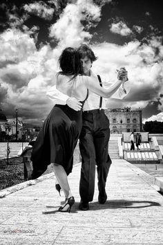 Un tango a Palermo by angelo trapani - Photo 65182781 - Shall We Dance, Lets Dance, Dance Photography, White Photography, Romantic Photography, Dance Art, Ballet Dance, Vision Board Diy, Tanz Poster