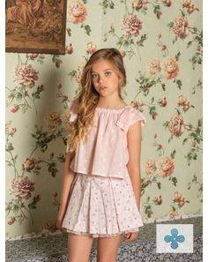 Best Dress For Kids Wedding Ideas ~ Magazzine Fashion Cute Little Girl Dresses, Little Girl Models, Girls In Mini Skirts, Cute Young Girl, Beautiful Little Girls, Cute Girl Outfits, Little Girl Outfits, Cute Little Girls, Nice Dresses