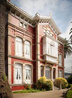 VILLA LA ARGENTINA Villas, Indiana, Asturias Spain, Paraiso Natural, Spain Travel, Wanderlust Travel, South America, Traveling By Yourself, Exterior
