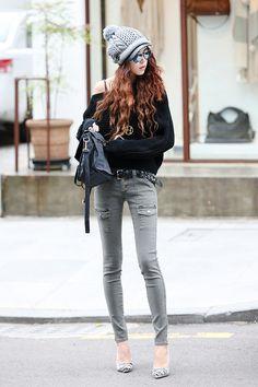 Korean street style! -Lily ♥ www.itsmestyle.com #fashion #kfashion #asianstyle