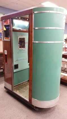RARE Original 1958 Auto Photo Model 11 Photo Booth - 2
