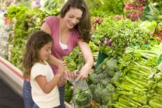 5 Ways to Engage Kids at the #grocerystore! Fun, free #shoppinglist to download for kids!  organwiseguys.com