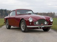 Designed by Ghia, manufactured by Henri Chapron, and less then 10 examples still in existence ! Classic Aston Martin, Aston Martin Lagonda, Aston Martin Cars, Fast Sports Cars, Sport Cars, Bristol Cars, Bond Cars, Automobile Companies, Amelia Island
