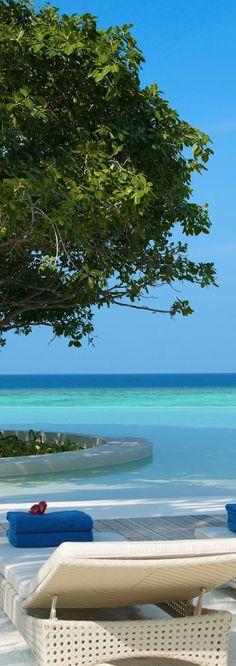 DUSIT THANI...MALDIVES | LOLO