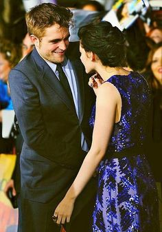 Robert Pattinson and Kristen Stewart at Breaking Dawn 1 premiere