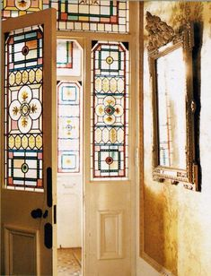 Glass art Projects How To Make - - - Broken Glass art Window - Glass art Hanging Broken Glass Art, Sea Glass Art, Mosaic Glass, Fused Glass, Stained Glass Door, Leaded Glass, Victorian Front Doors, Victorian House, Glass French Doors