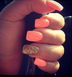 Coral and gold nail art lcn