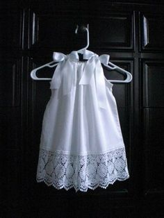 Image detail for -Etsy Find: Elegant White Lace Pillowcase Dress — Child Mode Sewing For Kids, Baby Sewing, Sewing Lace, Fashion Kids, Little Girl Dresses, Girls Dresses, Baby Dresses, Dresses Dresses, Bride Dresses