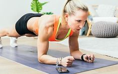 Try this strength training abs workout made of the five best waist-slimming exercises to define your waist and lose belly fat. All you need to ace the waist-slimming exercise routine is a pair of dumbbells. 300 Calories, 10 Min Workout, Quick Workouts, Japanese Knot Bag, Building A Pergola, Gardening Gloves, Decorating On A Budget, Upper Body, Hiit
