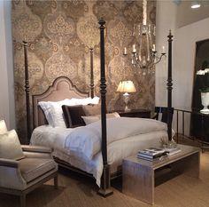 Ebanista Prado bed White Bedding, Prado, Instagram Posts, Bedrooms, Furniture, Home Decor, Spaces, White Linen Bed, White Linens