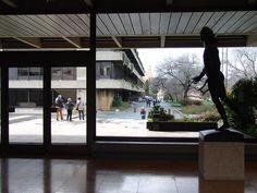 Museu Calouste Gulbenkian (Calouste Gulbenkian Museum)  Lisbon,