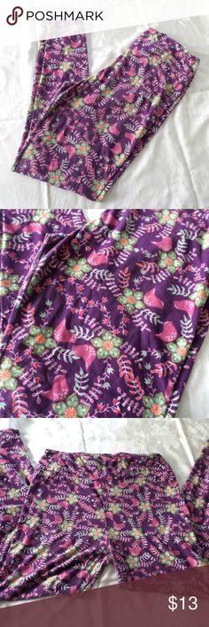 Lularoe Purple Bird Leggings Plum colored bird leggings by Lularoe! Size TC. Worn a few times, I thought I'd wear these more, but they've been sitting in my closet for too long. Buttery soft, no pilling. LuLaRoe Pants Leggings