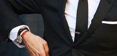 7 Aksesoris Pria yang Bikin Penampilan Makin Keren. Wanita pun Suka Melihatnya