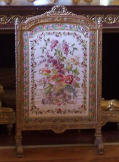 Marie Antoinettes fire screen, Versaille