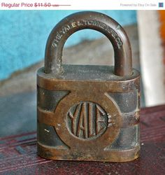 vintage lock to hold your BIG dark secrets... T3  L by CoolVintage, $10.50