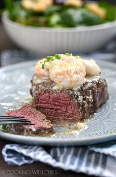 Low Carb Recipes To The Prism Weight Reduction Program Date Night Has Never Been Easier With This Amazing Shrimp Scampi Topped Filet Mignon Recipe For Two Via Cookwithcurls Meat And Potatoes Recipes, Meat Recipes, Seafood Recipes, Gourmet Recipes, Cooking Recipes, Fish Recipes, Yummy Recipes, Recipies, Easy Dinner Recipes