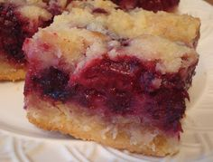 Blackberry Pie Bars | The Sisters Cafe