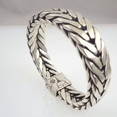 John Hardy Sterling Silver Woven Chain Men's Bracelet - Pre-Owned Mens Silver Jewelry, Mens Gold Bracelets, Clean Gold Jewelry, Modern Jewelry, Fashion Bracelets, Sterling Silver Bracelets, Leather Bracelets, Gold Jewellery, Silver Earrings