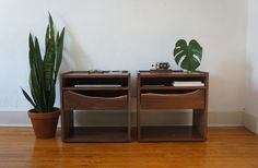 Made 2 Nightstands with sapwood cutaway drawers (#QuickCrafter)