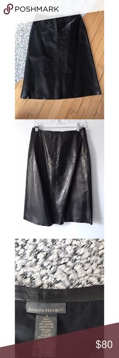 100% leather skirt 🤩Banana Republic Gorgeous skirt by Banana Republic  100% genuine leather A-line cut Fully lined Great used condition 👍🏼  Last 2 pictures are ideas on how to style the skirt Banana Republic Skirts A-Line or Full