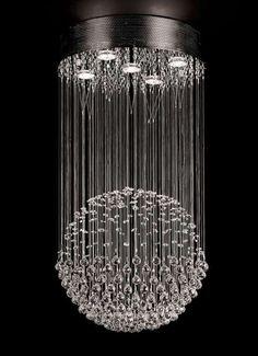 Kryształowa lampa wisząca z serii LUCID to doskonałe rozwiązanie dla wnętrz w stylu glamour. #mlamp #oświetlenie #lampa #wisząca #kryształki