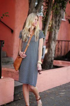 Striped Shift Dress Tutorial - DIY and Crafts Diy Clothing, Sewing Clothes, Clothing Patterns, Dress Patterns, Sewing Patterns, Dress Sewing, Dress Tutorials, Sewing Tutorials, Sewing Projects