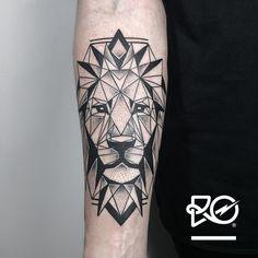 By RO. Robert Pavez • Geometric Lion II • #engraving #dotwork #etching #dot…