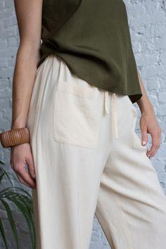 Casual Drawstring Pant Love Fashion, Fashion Outfits, Drawstring Pants, Smart Casual, Stylish, Pretty, Clothes, Shopping, Women