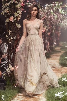 PSS/S1811 – Tulle sleeved gown with forest scene and dear embroidery