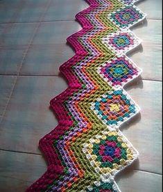 Бабушкин квадрат с узором зигзаг. Плед крючком узор зигзаг бабушкин квадрат