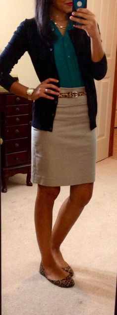 easy cute work outfit, blue sweater, tan skirt