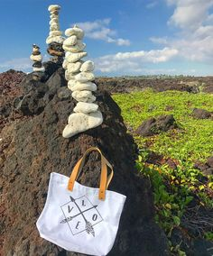 Love love love Sunday! Specially after hearing the word of God at church!!! 😍😍😍... enjoy the rest of your day loves ....☀️🌴 . . . 🌈SHOP: www.crossedpathsla.com . . . #love #sunday #blessed #Jesus #inspirational #totebag #summer #summertime #aloha #hawaii #kuabay #bigisland #travel