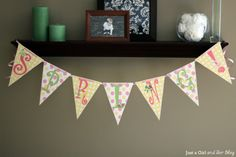 How to Make a Bunting Banner in Word {with Clip Art Tips and Tricks} Como hacer letrero con banderines utilizando word.