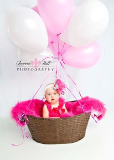 Oh my goodness! Must do this for baby's first birthday picture!