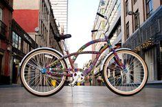 Bichol! Arte huichol, Mexico City