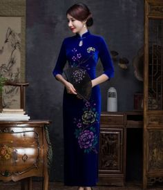 2016-new-gold-velvet-stand-collar-button-in-the-sleeve-embroidered-cheongsam-lot