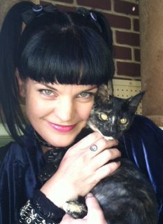 Paule Perrette American actress, playing Abby Sciuto on TV series NCIS. She is also a published writer, singer and civil rights advocate. b 1969