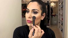 How to Use Anastasia Contour Kit! I just got mine at the make-up up show in L.A and i really need to learn how to use it. Huda Beauty Makeup, Makeup And Beauty Blog, Hair Makeup, Hair Beauty, Makeup Tutorial Eyeliner, Contour Makeup, Contouring And Highlighting, Anastasia Contour Kit, Beauty Secrets