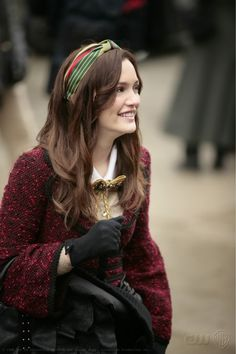 Winter Fashion......one of the reasons I like when it's cold outside  -Blair Waldorf