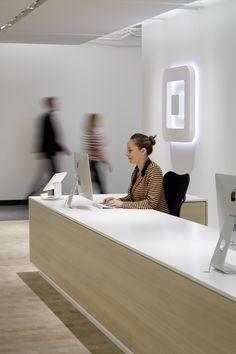 Square - San Fransisco HQ by BCJ. Reception desk